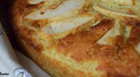 Torta al sapore dautunno con uvetta 1024x375 1 1024x375